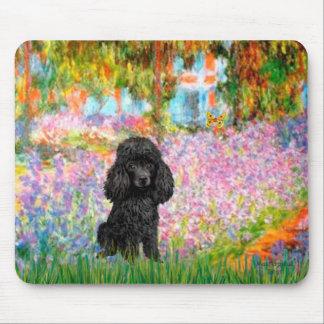 Poodle (black 1) - Garden Mouse Pad