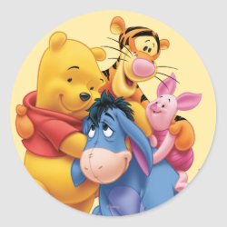 Round Sticker with Winnie the Pooh, Tigger, Eeyore and Piglet Group Photo design