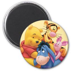 Round Magnet with Winnie the Pooh, Tigger, Eeyore and Piglet Group Photo design