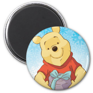 Pooh With Gift Magnet