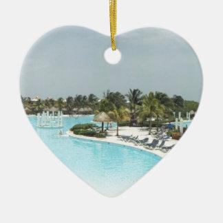 poolside adorno de cerámica en forma de corazón