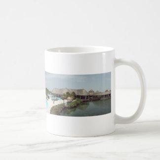 poolside mug