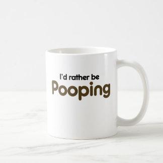 Pooping bastante tazas de café