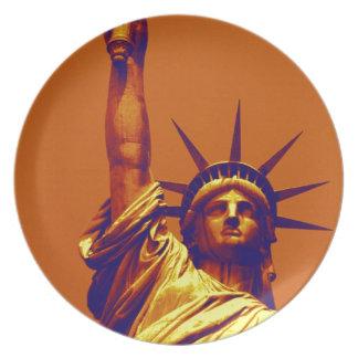 Pop Art Lady Liberty Plate