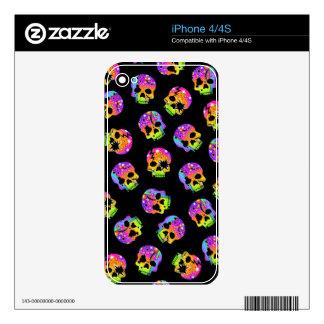 Pop Art Style SKULLS iPHONE 4S SKIN