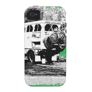 Pop Up RV on Green iPhone 4/4S Cover