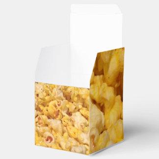 Popcorn Decorated Gift Box