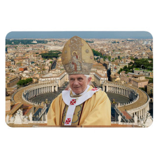 Pope Benedict XVI with the Vatican City Magnet