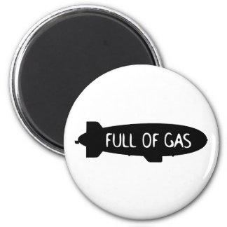 Por completo del gas - dirigible no rígido iman