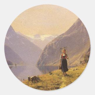 Por el fiordo (noruego) por Hans Dahl Pegatina Redonda