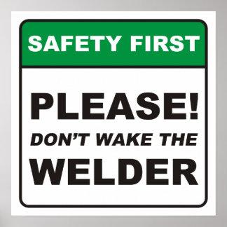 ¡Por favor no despierte el soldador Poster