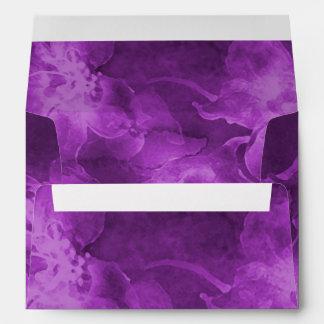 Por todo las flores púrpuras de la acuarela sobres