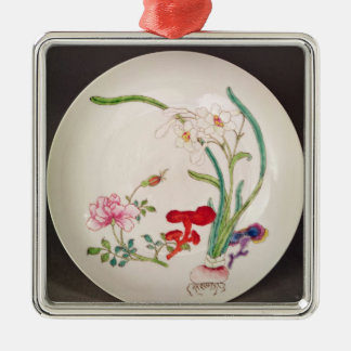Porcelain dish, famille rose decoration, Yung Chen Metal Ornament