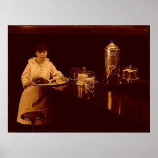 Porción de la camarera en el poster del vintage de