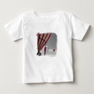 Porciones de camiseta del niño del aire caliente playeras