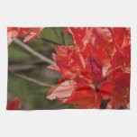 Porciones de flores rojas toalla de cocina