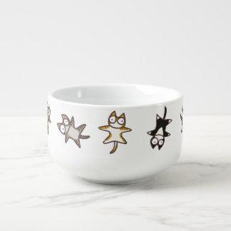 Porciones de gatos cuenco para sopa