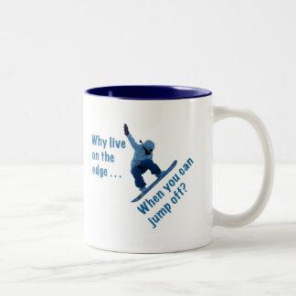 Porqué está vivo en el borde taza de café de dos colores