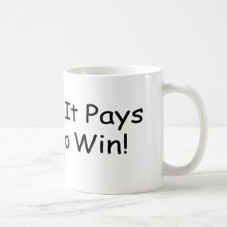 Porque paga más para ganar por Gear4gearheads Taza Clásica