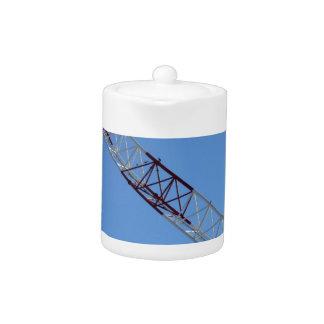Port crane teapot