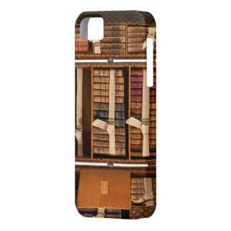 Portable Library from the early 20th Century iPhone SE/5/5s Case