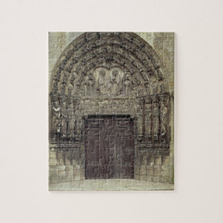 Portal and surrounding sculptures with biblical fi jigsaw puzzle