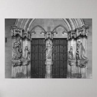 Portal con un trumeau que representa a la Virgen Impresiones