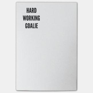 Portero de trabajo duro notas post-it