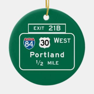 Portland, O señal de tráfico Adorno Navideño Redondo De Cerámica