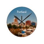 Portland por el reloj del río