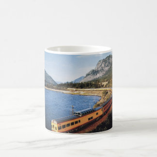 Portland Streamliner, Columbia River Gorge Vintage Magic Mug