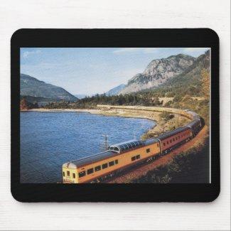 Portland Streamliner, Columbia River Gorge Vintage mousepad