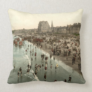 Portobello Beach, Edinburgh, Scotland Throw Pillow