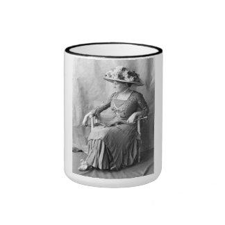 """PORTRAIT """"JEANNE"""" (1900s) Ringer Mug"""