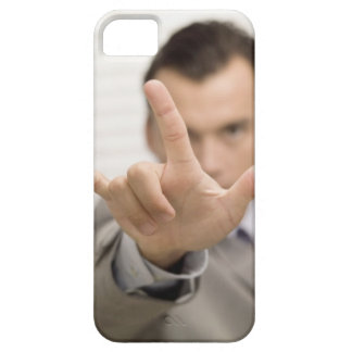 Portrait of a businessman making a hand sign iPhone SE/5/5s case