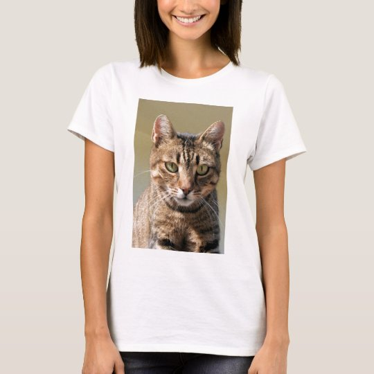 Portrait Of A Cute Tabby Cat With Direct Eye Conta T-Shirt