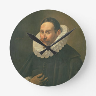 Portrait of a Gentleman, 1578 Round Clock