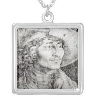 Portrait of an unknown man, 1521 jewelry