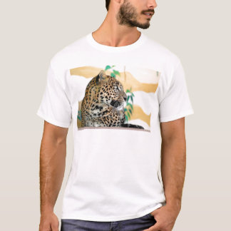 Portrait of jaguar T-Shirt