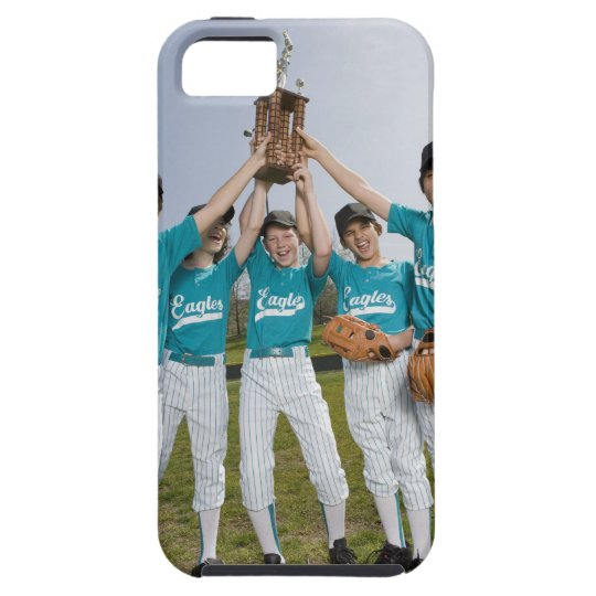 Portrait of little league players with trophy iPhone SE/5/5s case