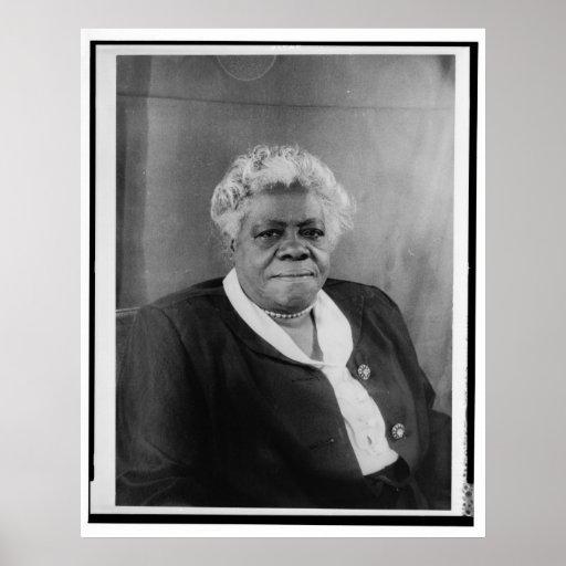 Portrait of Mary McLeod Bethune Print
