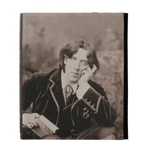 Portrait of Oscar Wilde (1854-1900), 1882 (b/w pho iPad Folio Case
