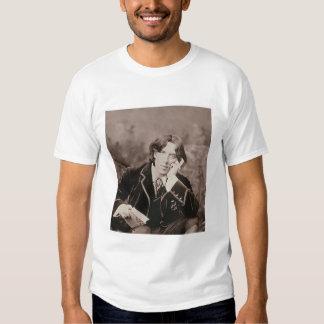 Portrait of Oscar Wilde (1854-1900), 1882 (b/w pho T Shirt