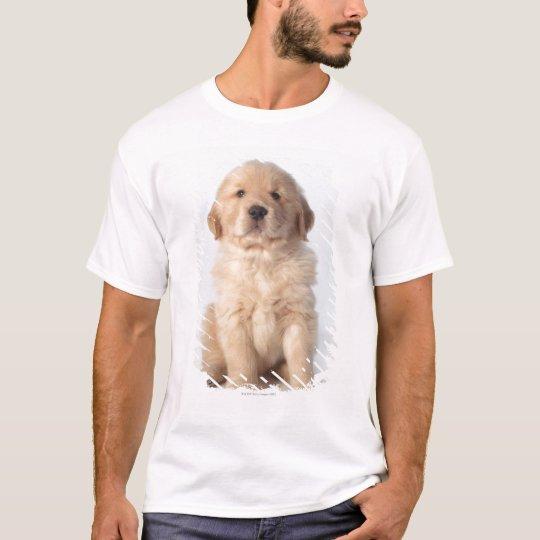 Portrait of six week old golden retriever puppy. T-Shirt