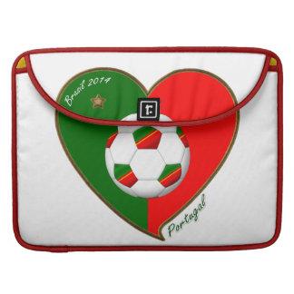 """PORTUGAL"" Fútbol. Portuguese Soccer Team 2014 Funda Para Macbooks"