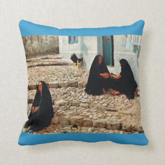 Portugal, Nazare, Fishermen's wives Throw Pillow