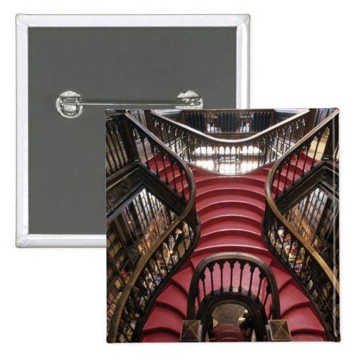 Portugal, Oporto (Oporto). Escaleras en histórico Pin