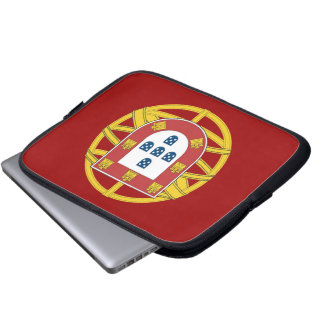 Portuguese shield computer sleeve