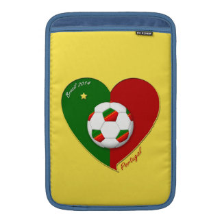 "Portuguese SOCCER Team. Fútbol de ""PORTUGAL"" Fundas MacBook"