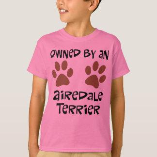 Poseído por Airedale Terrier Remeras